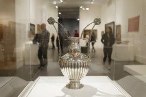 26-brooklyn-museum-silver-vase