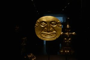 20-brooklyn-museum-gold-mask